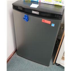 Danby Mini Refrigerator 20.5  W x 20.5  Depth, 33  Height