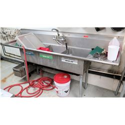 3-Compartment Sink w/Drainboard Sides