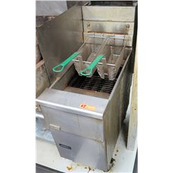 Pitco Fryer w/ 2 Fryer Baskets
