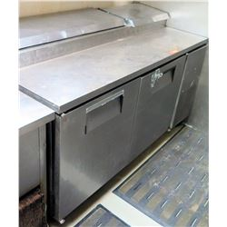 True Pizza Prep Station Model TPP-67