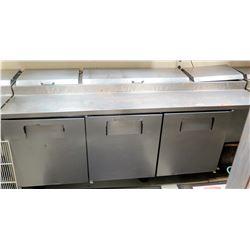 True 3-Door Refrigerated Pizza Prep Statio Model TPP-93