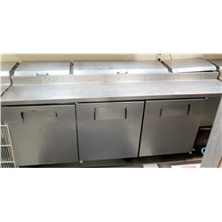 True 3-Door Refrigerated Pizza Prep Statio Model TPP-93