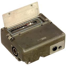 Kleine Chiffriermaschine  RT3 , um 195