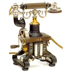 "Skelett-Telephon von ""Ericsson"", um 191"