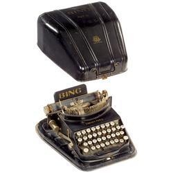 """Schreibmaschine """"Bing"""" mit Blechhaube  o.L"""