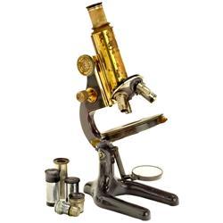 """Messing-Mikroskop """"Carl Zeiss Jena"""""""