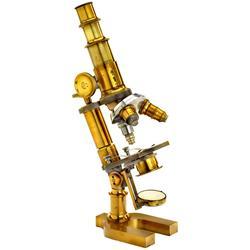 Messing-Mikroskop und Zubehör vo