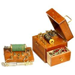 2 elektro-physikalische Therapie-Geräte