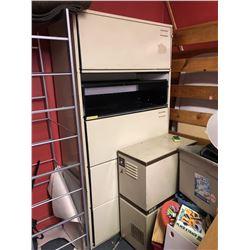 Drawer Folder Cabinet (1 door needs fixing)