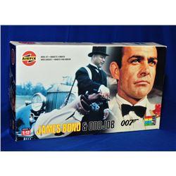 Box Lot James Bond