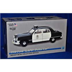1:18 Scale 1950 Ford Police Car