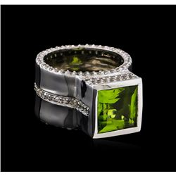 Crayola 3.50 ctw Peridot and White Sapphire Ring - .925 Silver