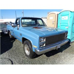 CHEVROLET TRUCK 1984 T-DONATION