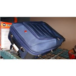 BLUE SWISS GEAR LUGGAGE