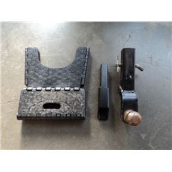 SMALL STEP STOOL, TRUCK HITCH, AND TRUCK HITCH SIZE REDUCER