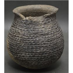 MIMBRES CORRUGATED POTTERY JAR
