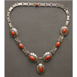 NAVAJO INDIAN NECKLACE (NELSON)