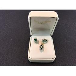 A SET OF WHITE & YELLOW GOLD DIAMOND & EMERALD EARRINGS & PENDANT, 3 EMERALDS AND 36 DIAMONDS TOTAL