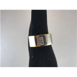 18K YELLOW & WHITE GOLD LADIES RING WITH 6 BRILLIANT DIAMONDS - RP $1,750.00
