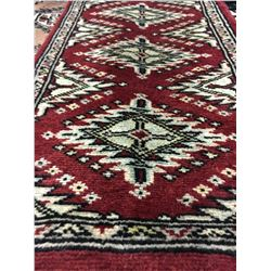 BOKHARA WOOL 2'X1' RED, CREAM, BLACK HAND WOVEN PERSIAN AREA RUG