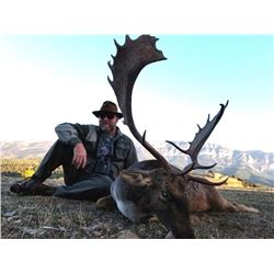 Spanish Hunt for One Hunter and One Non-Hunter