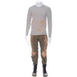 5th Wave, The - Ben Parish (Nick Robinson) Distressed Training Outfit - 1053