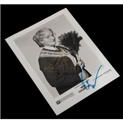 Mrs. Doubtfire - Robin Williams Autographed Black & White Promo Photo - 1036