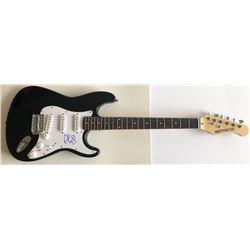 Brad Paisley Signed Full-Size Huntington Electric Guitar (PSA Hologram)