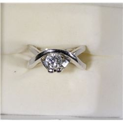 14k WHITE GOLD / DIAMOND RING