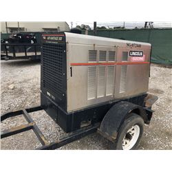 2008 LINCOLN AIR VANTAGE 500 WELDER --VIN/SN:U1080105257 ::PORTABLE, PINTLE HITCH, 811 HOURS