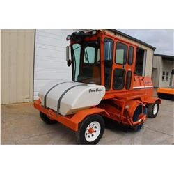 2010 BROCE KR350 BROOM --VIN/SN:406915 ::CAB, A/C, 2,920 HOURS