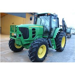 2011 JOHN DEERE 7230 FARM TRACTOR --VIN/SN:680883 ::MFWD, 3 REMOTES, CAB, A/C, 18.4R34 REAR TIRES, 1