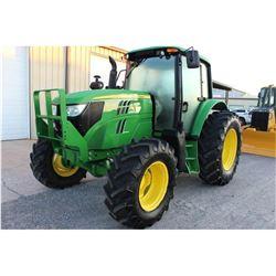 2013 JOHN DEERE 6125M FARM TRACTOR --VIN/SN:760182 ::MFWD, 3 REMOTES, CAB, A/C, 18.4R34 REAR TIRES,