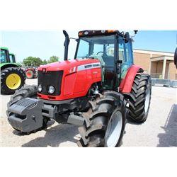 2014 MASSEY FERGUSON 5470 FARM TRACTOR --VIN/SN:D010071 ::MFWD, 3 REMOTES, CAB, A/C, 18.4-34 REAR TI
