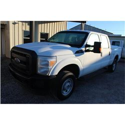 2016 FORD F250 PICKUP TRUCK --VIN/SN:1FT7W2B69GEB87102 ::4X4, CREW CAB, V8 GAS, A/T, BED COVER, BED