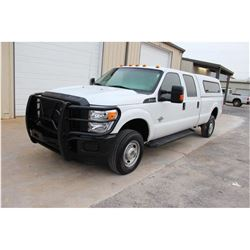 2015 FORD F350 PICKUP TRUCK --VIN/SN:1FT8W3BTXFED09707 ::4X4, CREW CAB, V8 DIESEL, A/T, CAMPER SHELL