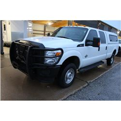 2015 FORD F350 PICKUP TRUCK --VIN/SN:1FT8W3BT1FED09708 ::4X4, CREW CAB, V8 DIESEL, A/T, CAMPER SHELL