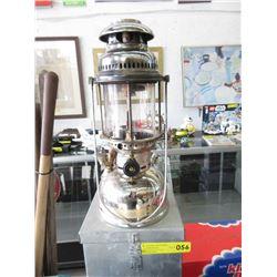 Large Good Quality Kerosene Lantern with Metal Case