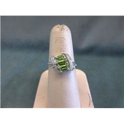 Sterling Silver Green Peridot & Diamond Ring