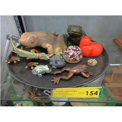 Wood, Glass & Ceramic Collectibles