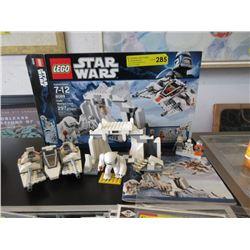 Lego 8089 Star Wars Hoth Wampa Cave & Snowspeeder