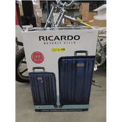 New Ricardo 2 Piece Rolling Luggage Set in Box