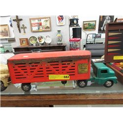 Vintage Structo Cattle Farms Truck & Trailer