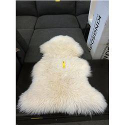New 100% Sheepskin Rug