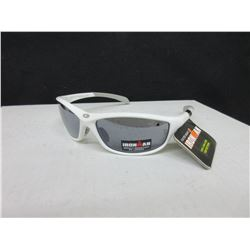New Foster Grant Iron Man Sunglasses / 100% protection