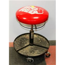 BIG RED SHOP ROLLER SEAT