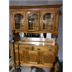 Oak country china cabinet w/glass shelves