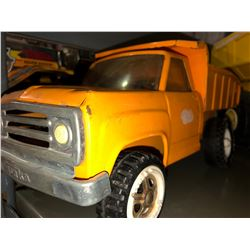 5 Tonks Trucks