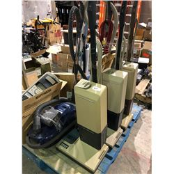 1 pallett of upright and Kenmore vacuum cleaners