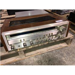 Pioneer SX3500 AMP, 8 tracks, a Paradigm speaker